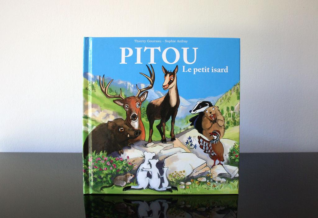 Photo du premier album de Pitou le petit isard des Pyrénées